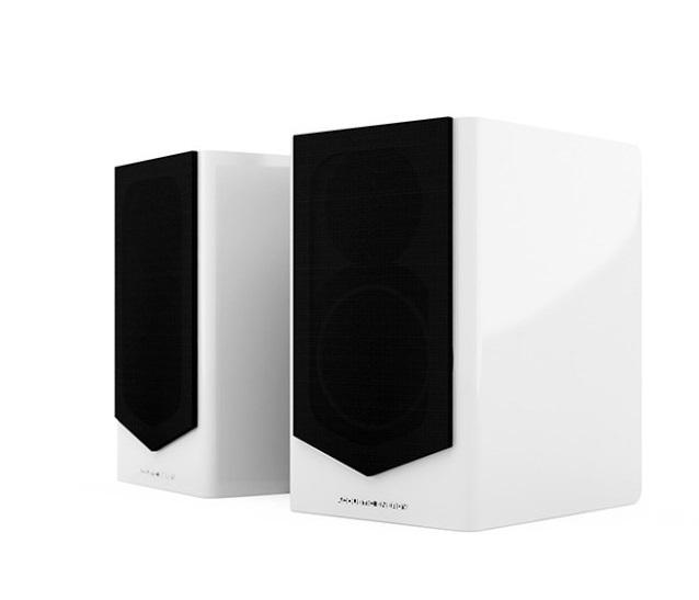 Полочная акустика Acoustic Energy АЕ 500 (2019) piano white #1 в «HiFiRussia»